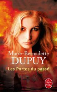 http://www.livredepoche.com/les-portes-du-passe-lorpheline-des-neiges-tome-5-marie-bernadette-dupuy-9782253070252